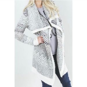 Lovestitch White Grey Chevron Duster Open Cardigan
